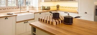 protection plan de travail bois cuisine plan de travail en bois protection rénovation cuisine anova