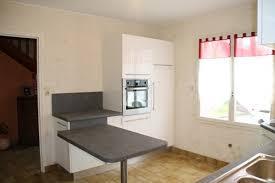 plan de travail sur pied cuisine pied de plan de travail cuisine cheap plan de travail cr avec des