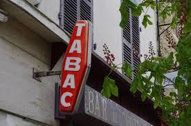 nombre de bureau de tabac en hausse du prix du tabac les buralistes contraints de s adapter