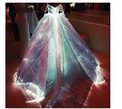 zac posen light up gown claire danes met gala 2016 zac posen dress fashion bomb daily