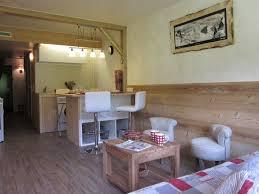 amenagement cuisine studio montagne amenagement cuisine studio montagne simple ambiance colochic blanc