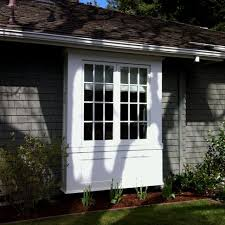Exterior Kitchen Door With Window by Best 20 Bay Window Exterior Ideas On Pinterest A Dream Bay