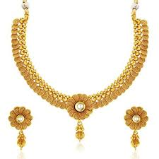 buy sukkhi eye catchy jalebi design gold plated necklace set for