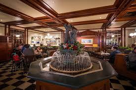 table service magic kingdom tony s town square review disney tourist blog