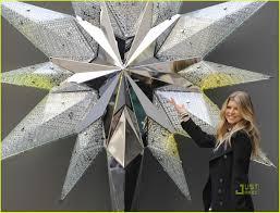 fergie unveils swarovski star photo 1542681 fergie pictures