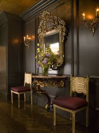 didn t think about such walls with gold accents in the room
