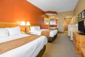 Kentucky Comfort Center Comfort Suites Airport Ky Hotel Near University Of Louisville
