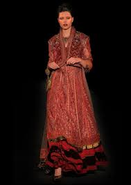 wedding dress lk21 tarun tahiliani the fashionbrides