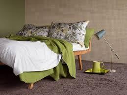 drapã e mariage marier les couleurs dans la chambre linge de lit tapis