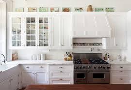 Backsplash Ideas For White Kitchens White Cabinets Backsplash For Glossy Look Zach Hooper Photo