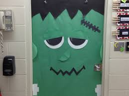 Cool Halloween Door Decoration Ideas by Holiday Door Decorations For Classrooms And Creative But Simple