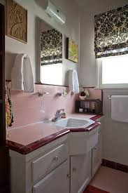 Tile Bathroom Countertop Ideas Colors 73 Best What To Do With A 50 U0027s Pink Bathroom Images On Pinterest