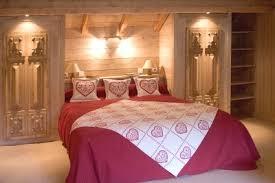 deco chambre chalet montagne chambre pour les amoureux des chalets de la déco et de la brocante