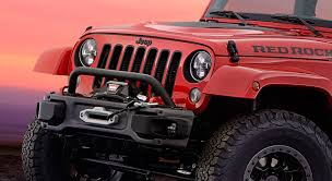 jeep safari concept 2017 jeep and mopar partner to make wrangler red rock concept