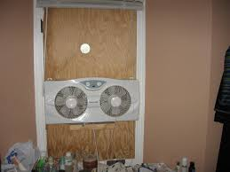 best way to cool a room with fans is there a low cost low energy technology that can provide