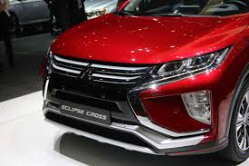 mitsubishi eclipse 2017 mitsubishi eclipse cross debuts with sharp style autoguide com news