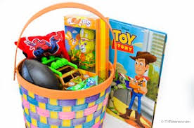 inexpensive easter baskets inexpensive easter basket ideas from the thrift stores