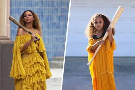 Good Halloween Costumes 10 Girls 5 Recreates Beyoncé Halloween