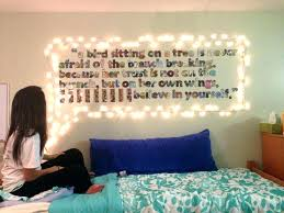 college bedroom decorating ideas college wall decor masters mind