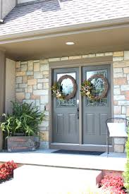 painting a front door helpful tips and 5 mistakes to avoid