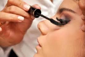 Faça a maquiagem perfeita para a formatura