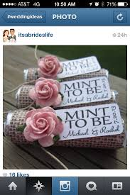 chagne wedding favors 33 awesome wedding favors for your guests wedding flowers and