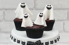 How To Make Little Ghost Decorations How To Make Halloween Ghost Cake Decorations Goodtoknow