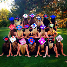 Ideas On How To Decorate Your Graduation Cap Great Idea For A Graduation Photo I U0027d Like A Shot From The Front