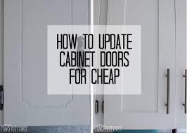 How To Hang Kitchen Cabinet Doors by Best 25 Cabinet Door Makeover Ideas On Pinterest Updating