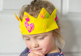 how to make the easiest felt crown
