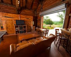 Barn Homes Texas by 9 Epic Man Caves Homes And Hues Room Design The Game Room