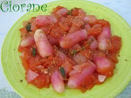 cuisiner les radis roses radis cuits en sauce tomate la cuisine de quat sous
