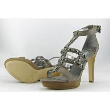 bcbg max azria evie women us 9 5 gray platform sandal blemish