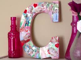 how to make home decor crafts how to make a photo collage on a big letter how tos diy