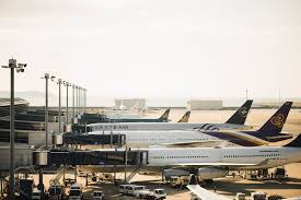 cheap flights during thanksgiving do your holiday travel plans include flying book your trip now