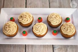 maple frosting pumpkin cupcakes with maple cream cheese frosting cupcake diaries