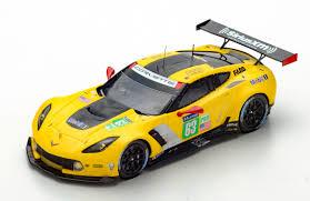 chevrolet corvette racing chevrolet corvette c7 r 63 corvette racing le mans 2017