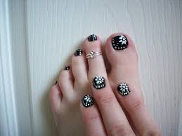 32 flower toe nail designs nail designs design trends