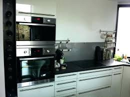 installer cuisine equipee four pour cuisine equipee encastrable choisir de meuble a poser sur