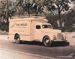 Old Ford Truck Gallery - 30 vintage photos of bakery and bread trucks from between the