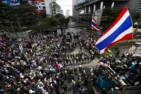 thailand protesters target shinawatra businesses as yingluck