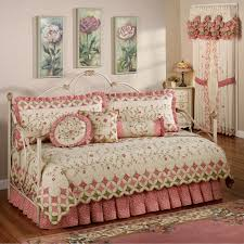 Daybed Linens Daybed Bedding Sets Video And Photos Madlonsbigbear Com