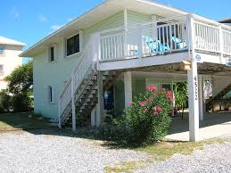 house porch side view gone shellin u0027 cape san blas u0027gone shellin u0027 beautiful home steps