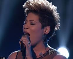 tessanne chin new hairstyle adam levine s tessanne chin fights tears to perform in the voice