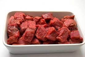 cuisiner viande à fondue fondue bourguignonne aux 4 sauces petits plats entre amis