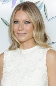 Gwyneth Paltrow Gwyneth Paltrow U0027s Lookalike Daughter Apple Turns 13 And Looks