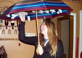 gifts for graduating seniors kalissa s rainy day a creative way to give a gift