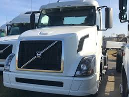 new volvo truck 2016 2016 volvo vnl64t300 tandem axle daycab for sale 282563