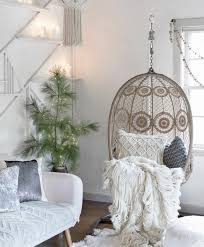 eclectic decorating blissfully eclectic decorating with courage the decorista