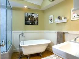 wainscoting ideas for bathrooms bathroom wainscoting ideas derekhansen me